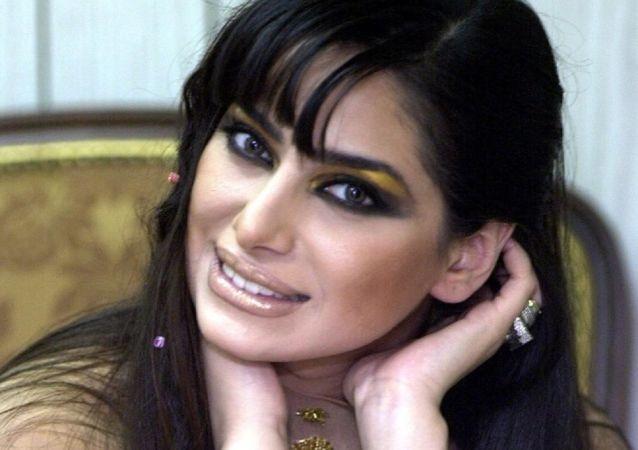 الفنانة السورية رنا الأبيض