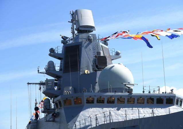 سفينة أدميرال كاساتونوف