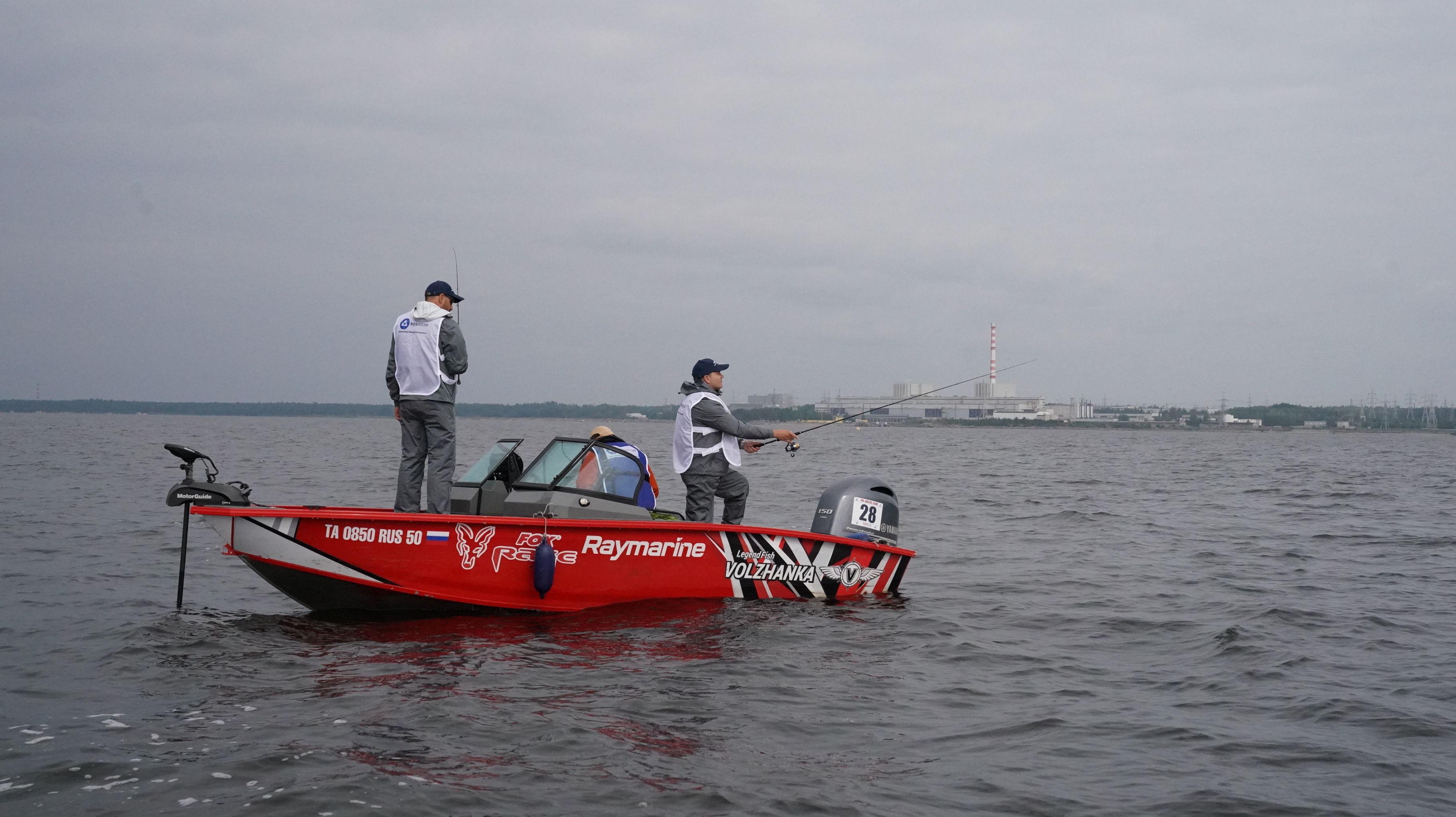 فريق من الصيادين المصريين المحترفين المشارك في بطولة شركة روس آتوم للصيد الدولية