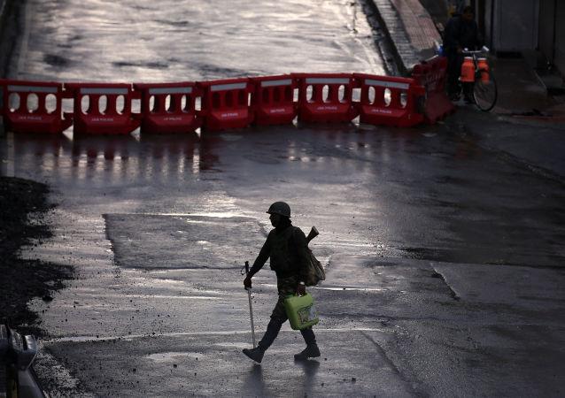 شوارع خالية في كشمير وسط إجراءات أمنية مشددة