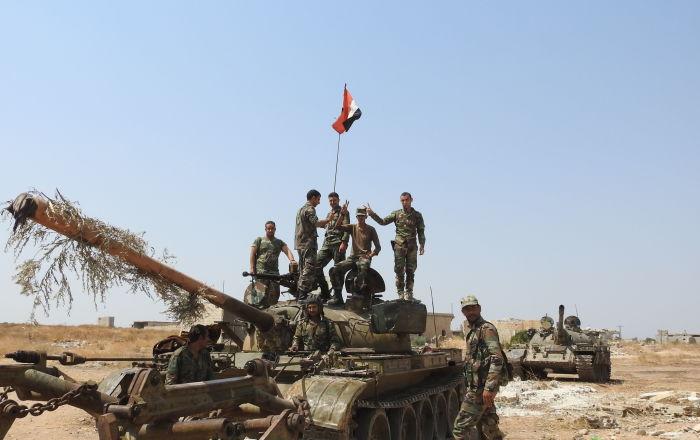 الجيش السوري يقطع طرق الإمداد على مسلحي