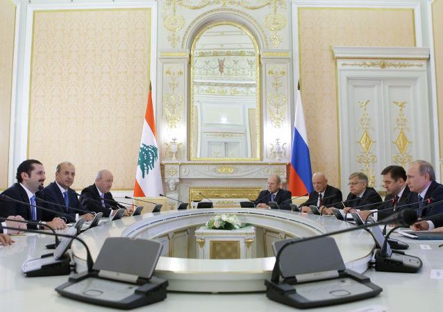 لقاء روسي لبناني في الكرملين