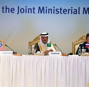 وزير الطاقة السعودي الأمير عبدالعزيز بن سلمان والروسي ألكساندر نوفاك، 12 سبتمبر 2019