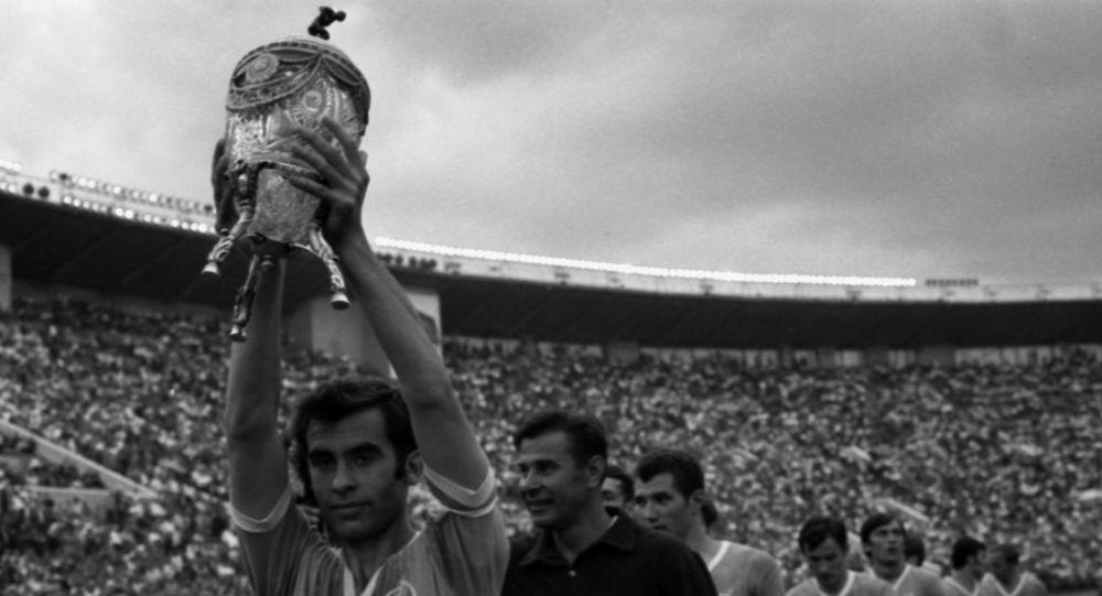 كأس الاتحاد السوفيتي والفائز فريق دينامو