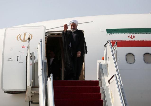 الرئيس الإيراني حسن روحاني متوجها إلى نيويورك للمشاركة في أعمال الجمعية العامة للأمم المتحدة