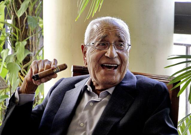 الكاتب الصحفي المصري محمد حسنين هيكل