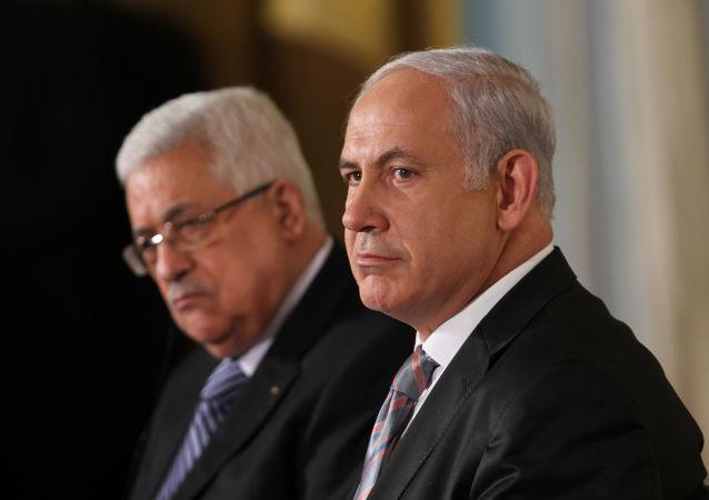 رئيس الوزراء الإسرائيلي بنيامين نتنياهو ورئيس السلطة الفلسطينية محمود عباس
