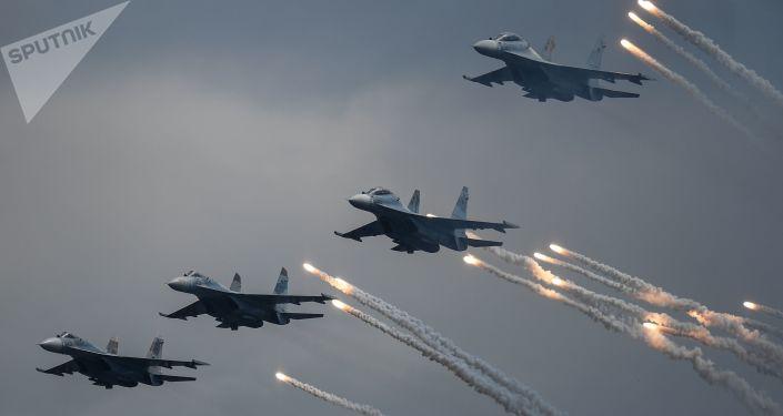 """الدفاع الروسية تخصص 70 مليار روبل لشراء مقاتلات """"سو 35 إس"""""""
