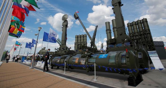 صواريخ أحدث منظومة دفاع جوي روسية تلاحق ما يطير بسرعة 4800 متر في الثانية
