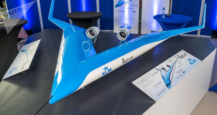"""تجربة النموذج الأولي من الطائرة """"V"""" بشكلها الغريب… فيديو"""