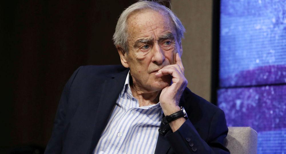 رحيل رائد الصحافة العالمية... ومبتكر مفهوم الاستقصائية هارولد إيفانز عن عمر 92 عاما