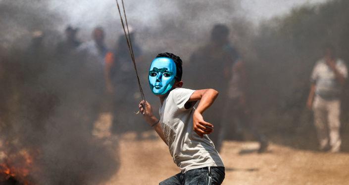 مواجهات عنيفة بين الجيش الإسرائيلي وفلسطينيين في الضفة... فيديوهات