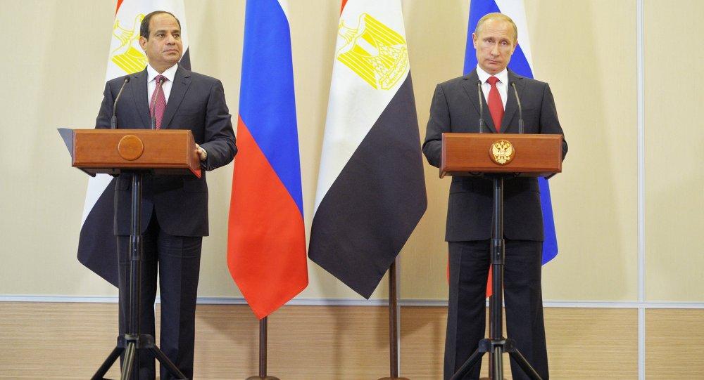 الرئيسان فلاديمير بوتين وعبدالفتاح السيسي