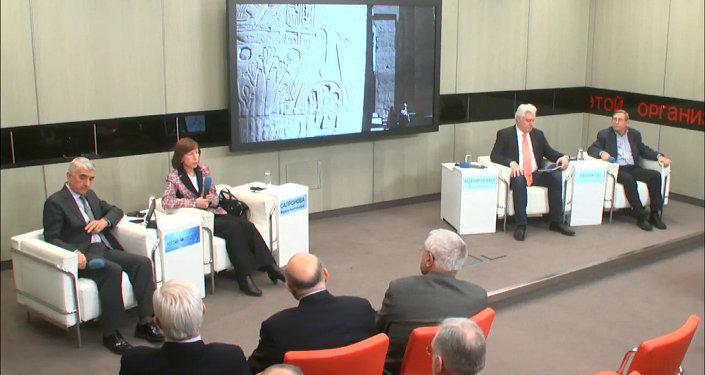طاولة مستديرة يتمحور حول مستقبل العلاقات الروسية المصرية