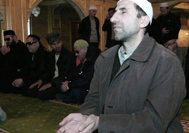 مسلمين