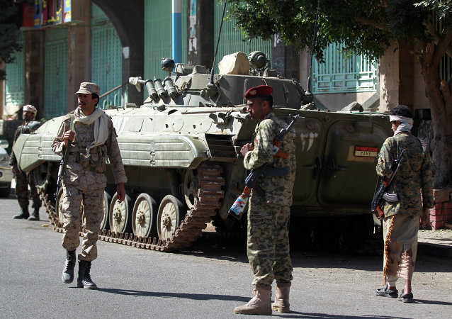 الجنود اليمنيين الموالين للحوثيين