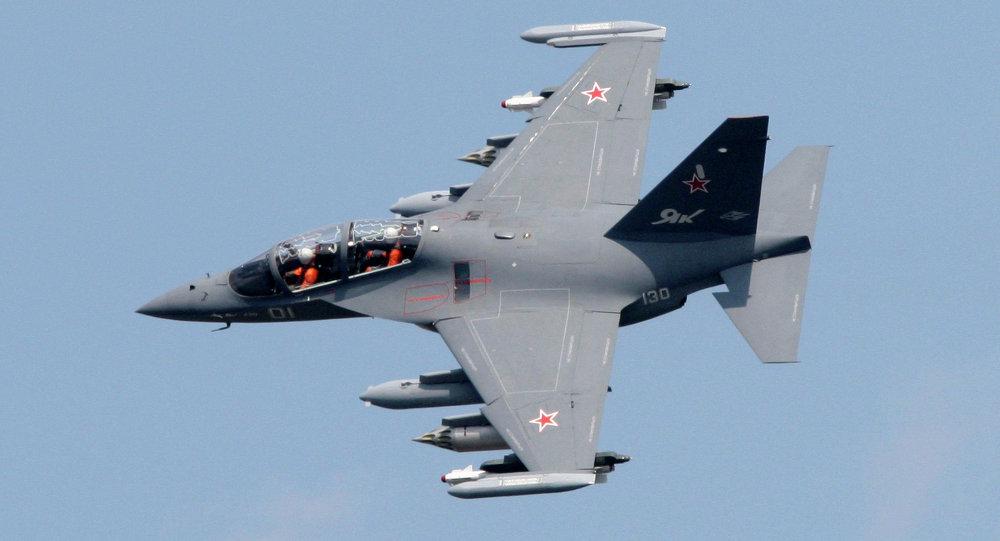 طائرة ياك-130