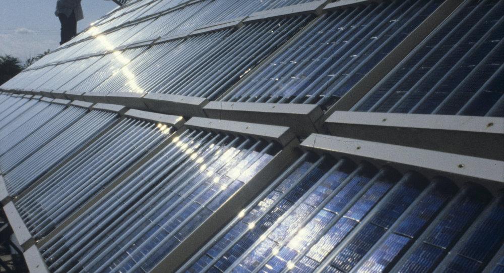 بطارية شمسية