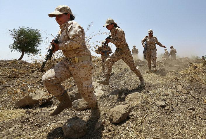 نساء كرديات يحملن السلاح لمحاربة داعش