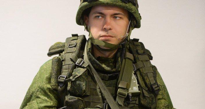 بزة الجندي راتنيك
