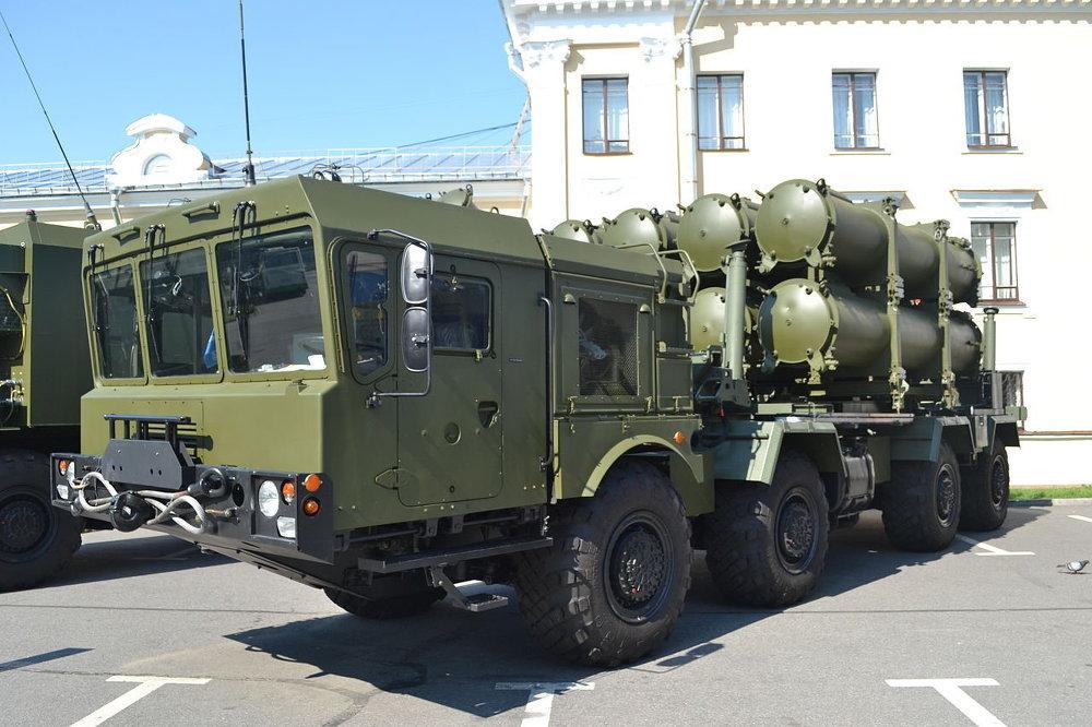 نظام صاروخي بحري مضاد للسفن GRAU 3K60