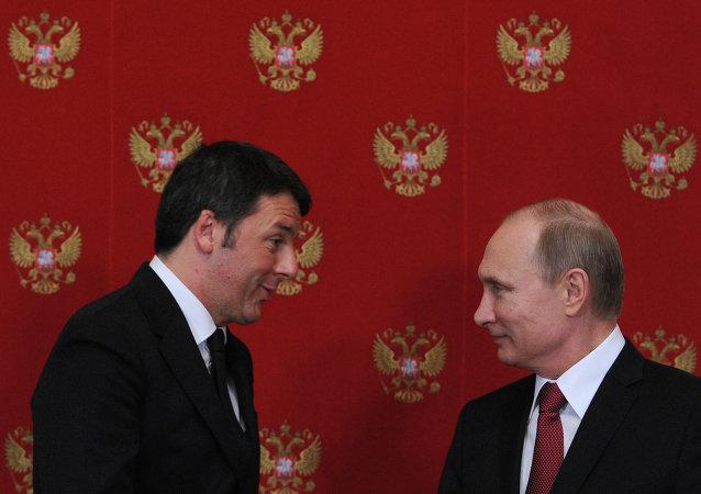 بوتين مع رئيس الوزراء الإيطالي رينزي
