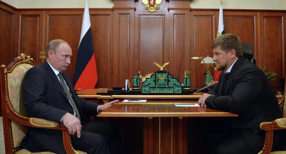 اجتماع العمل بين فلاديمير بوتين ورمضان قادروف