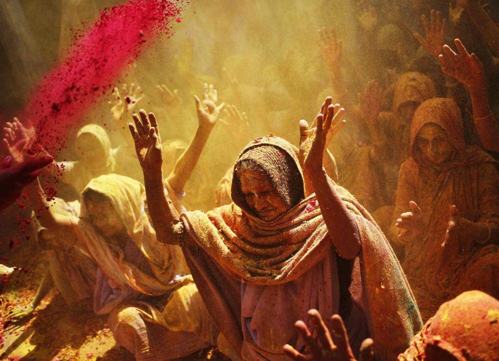 مهرجان الألوان هولي في الهند