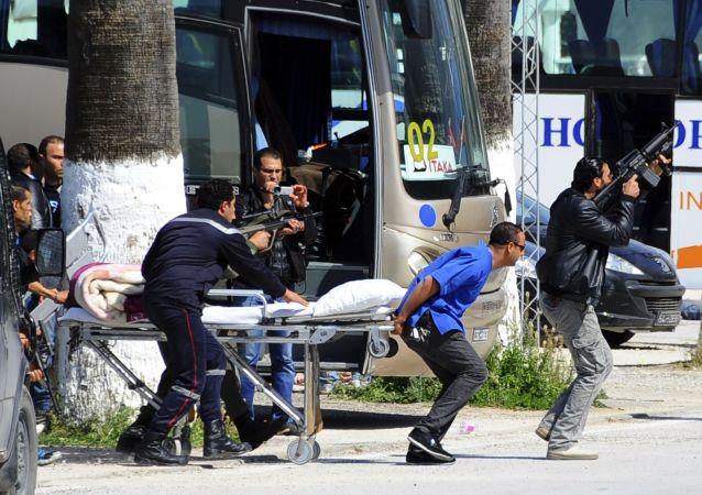 إخلاء السياح من التحف في تونس