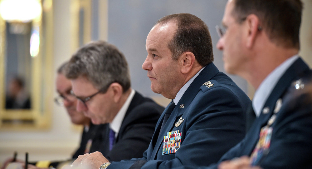 فيليب بريدلاف، قائد قوات الناتو في أوروبا