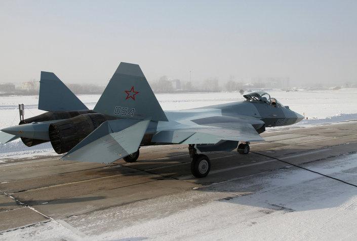 المقاتلة T-50