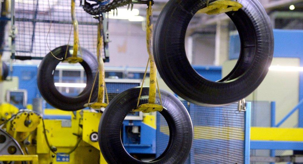 مصنع نيجنيكامسكشينا لإطارات العجلات