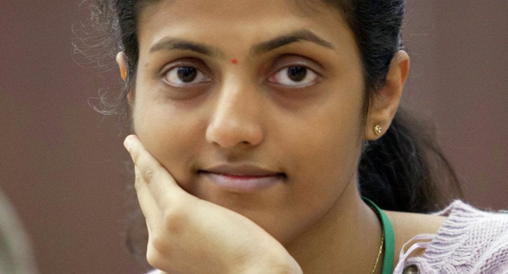 لاعبة الشطرنج الهندية درونافاللي حاريكا