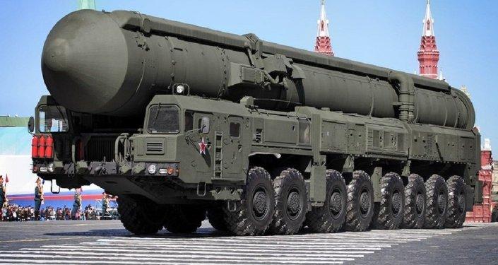 الصاروخ النووي الاستراتيجي توبول- إم