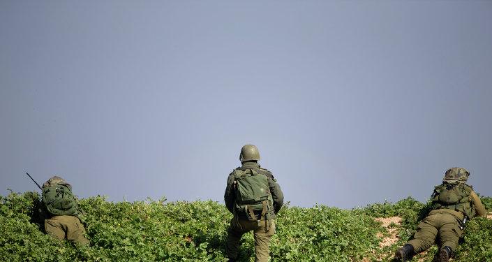 جنود إسرائيليون على الحدود اللبنانية-الإسرائيلية