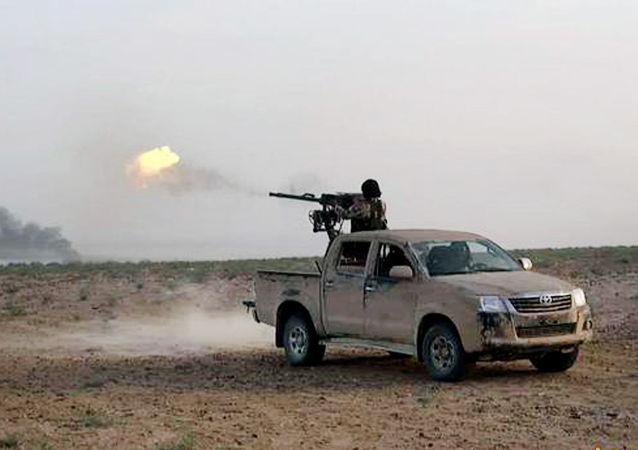 مسلح من داعش