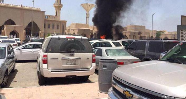 تفجير انتحاري بالقرب من مسجد العنود في مدينة الدمام السعودية