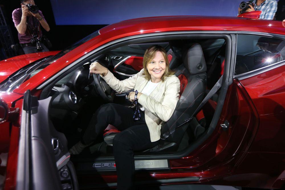 ماري بارا  المدير التنفيذي لشركة جنرال موتورز،