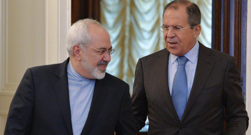 وزير الخارجية الروسي سيرغي لافروف ووزيرالخارجية الإيراني جواد ظريف