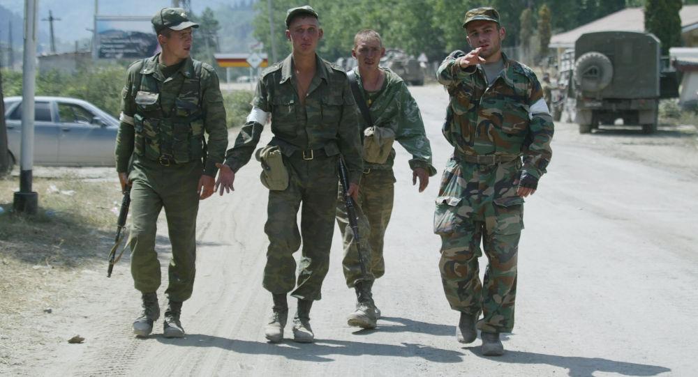 جنود روس في أوسيتيا الجنوبية