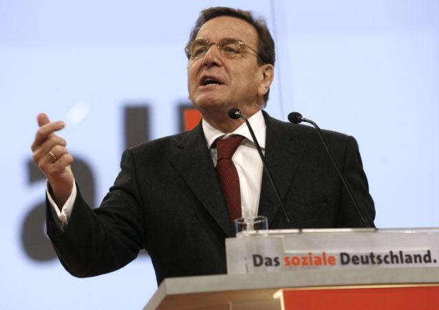 المستشار الألماني السابق غيرهارد شرودر