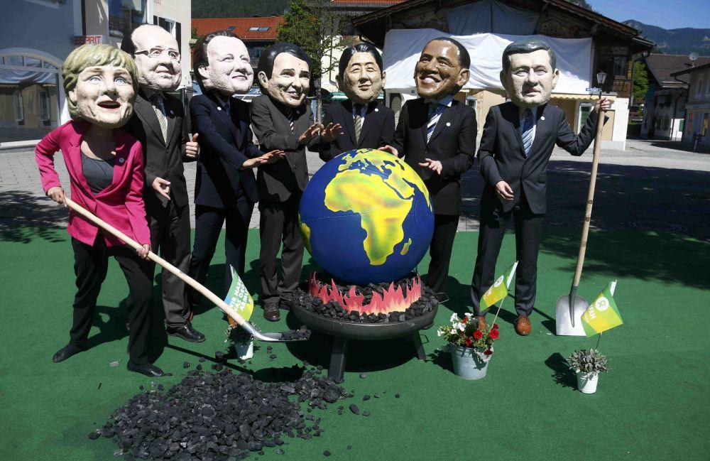 احتجاجات ضد قمة ال G7