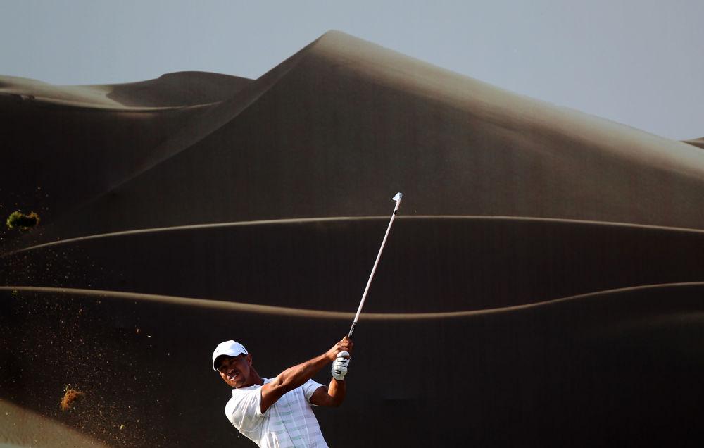 لاعب الجولف الأمريكي تايجر وودز