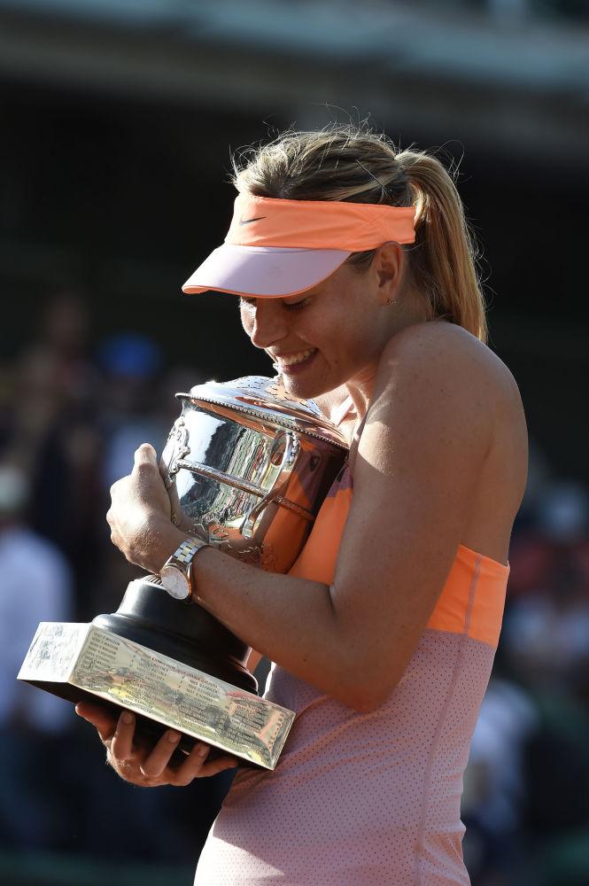 لاعبة التنس الروسية ماريا شارابوفا