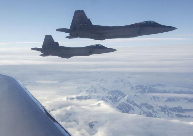 مقاتلات الجيل الخامس الأمريكية (إف-22)