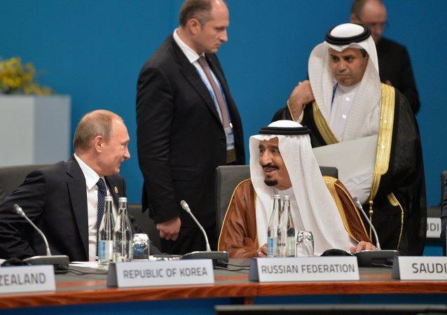 الرئيس الروسي فلاديمير بوتين والملك سلمان بن عبد العزيز