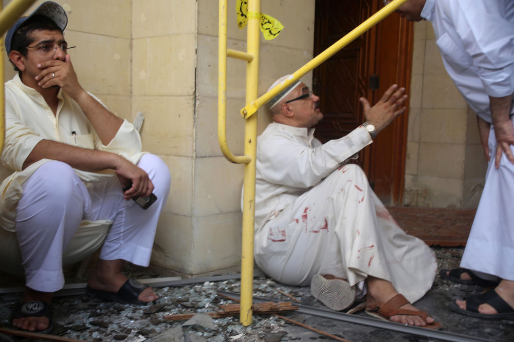 الهلع والرعب على وجوه الناس بعد حدوث الانفجار