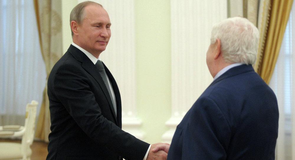 بوتين يستقبل وليد المعلم