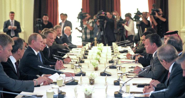 لقاء الرئيس الروسي والعاهل الأردني
