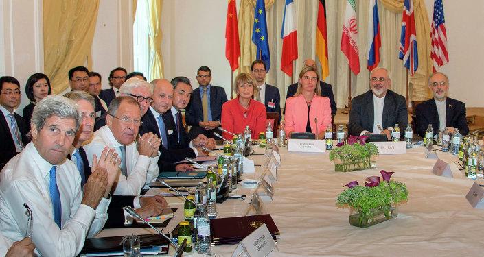 إيران والملف النووي